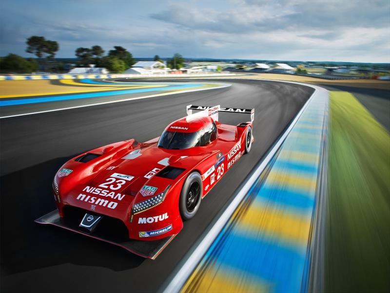 GT-R LM NISMO fuera de Le Mans