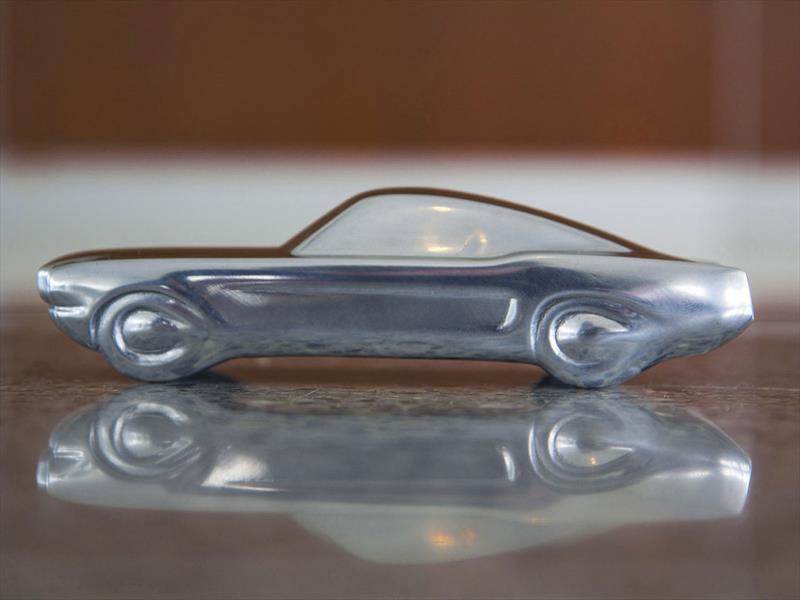 Ford Mustang se convierte en escultura