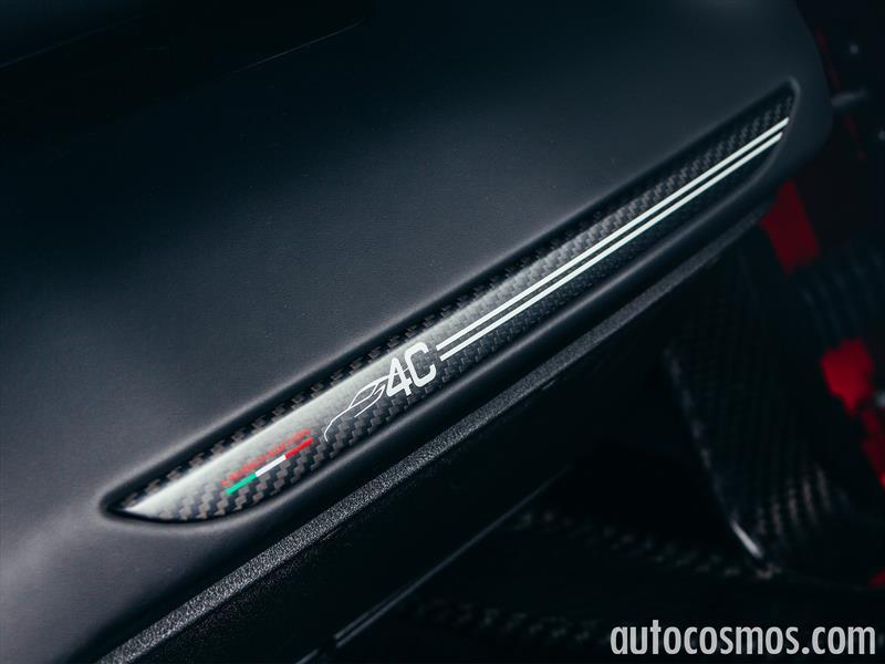 Alfa Romeo 4C 2015