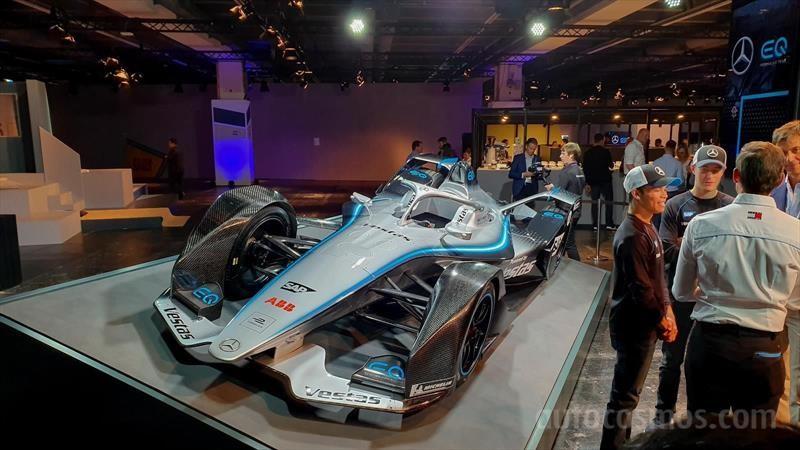 Mercerdes-Benz EQ Silver Arrow 01