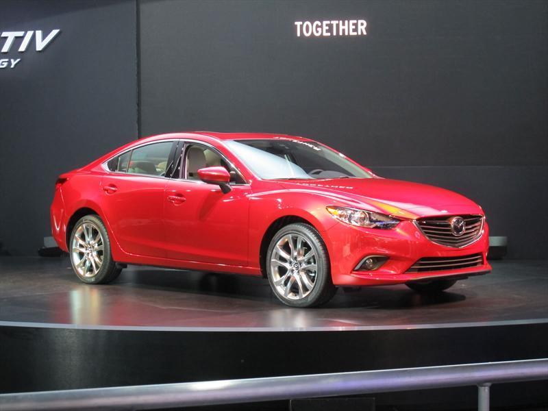 Mazda6 2013 en el Salón de Los Angeles