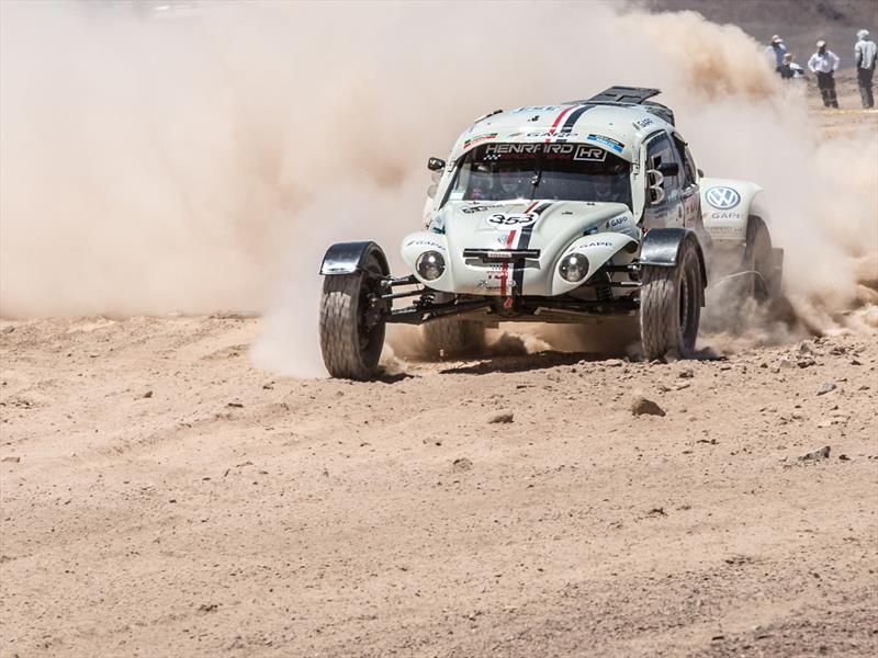 DunBee, el Escarabajo del Dakar 2015