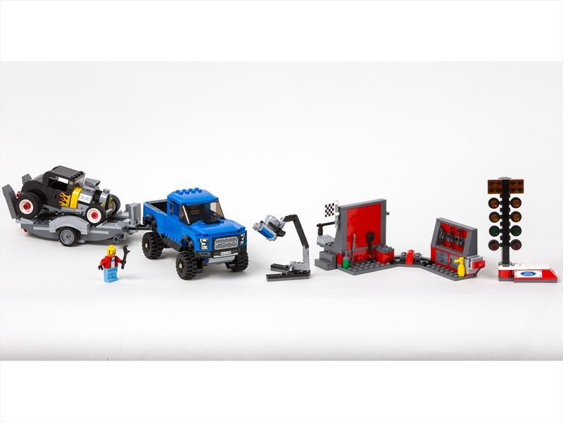 LEGO Ford Mustang y Raptor F-150