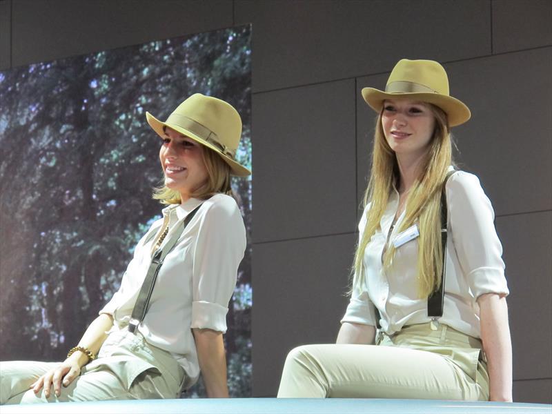 Las chicas del Salón de Frankfurt 2013