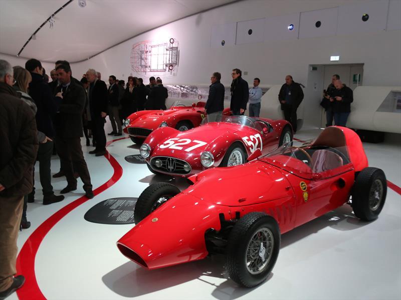 Nuevo Museo Enzo Ferrari