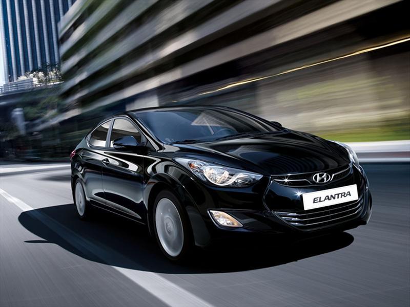 Hyundai Elantra anticipa su llegada a Argentina