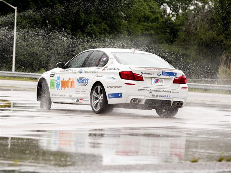 BMW M5 rompe Guinness Récord de Drift más largo