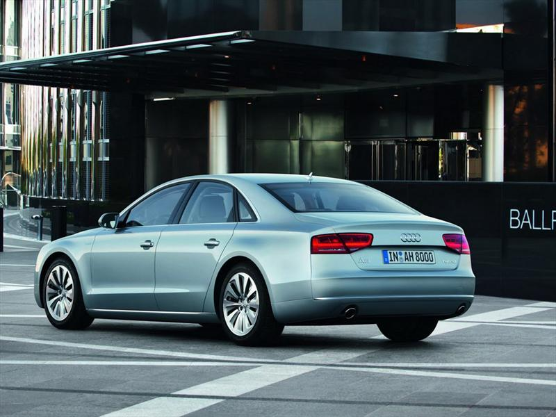 Audi A8 Hybrid 2012
