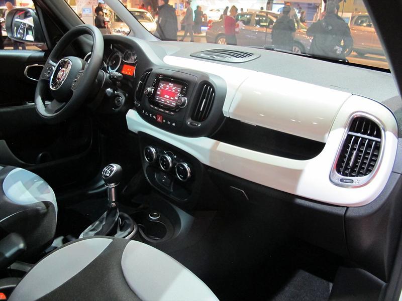 FIAT 500L en el Salón de BA 2013