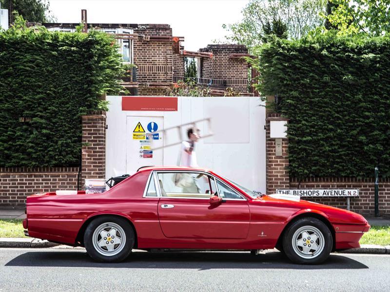 Un Ferrari 412 pick-up