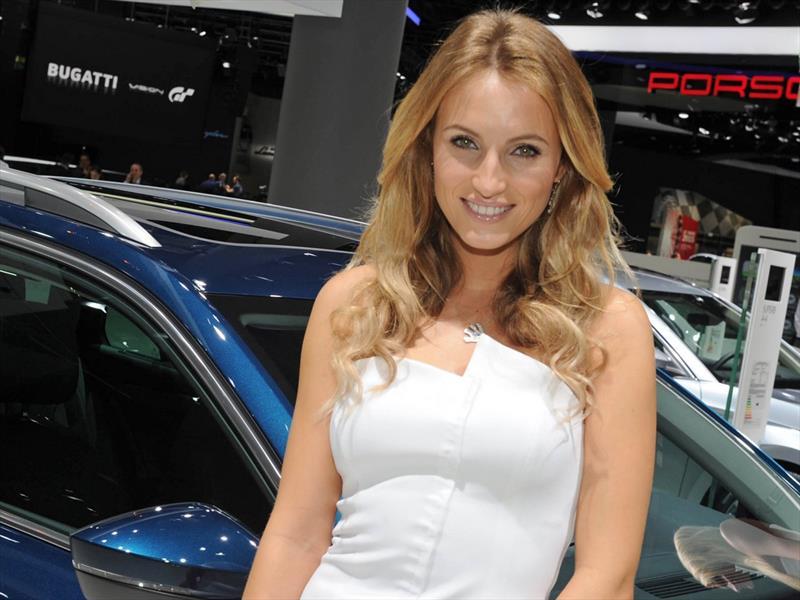 Las chicas del Auto Show de Frankfurt 2015