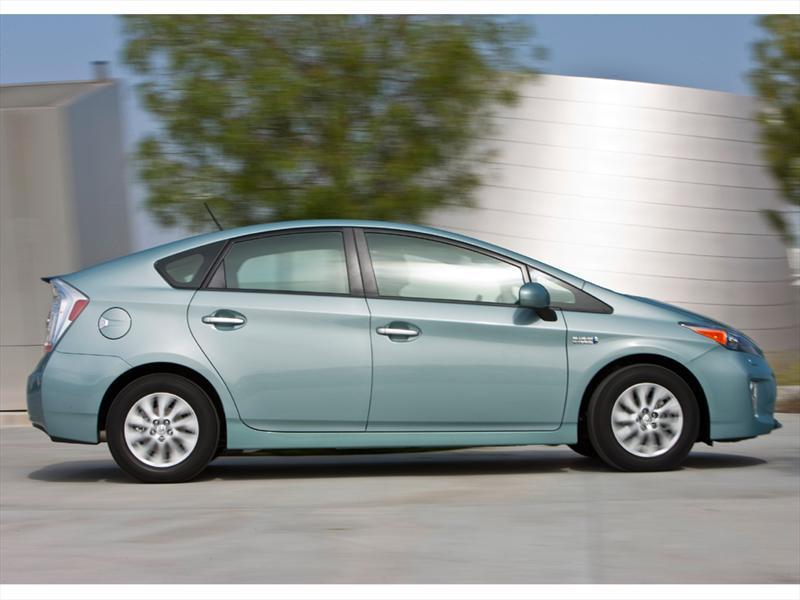 Toyota Prius Plug-in Hybrid 2012 en Frankfurt 2011