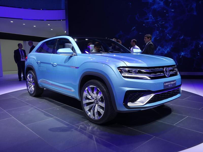 Volkswagen Cross Coupé GTE Concept