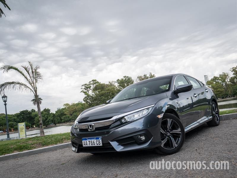 Honda Civic, décima generación a prueba