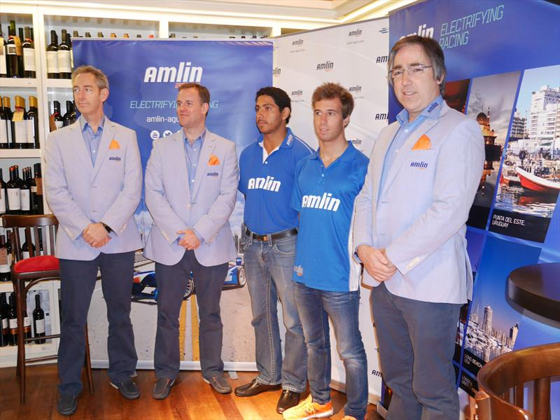 Diálogo con el equipo Amlin Aguri