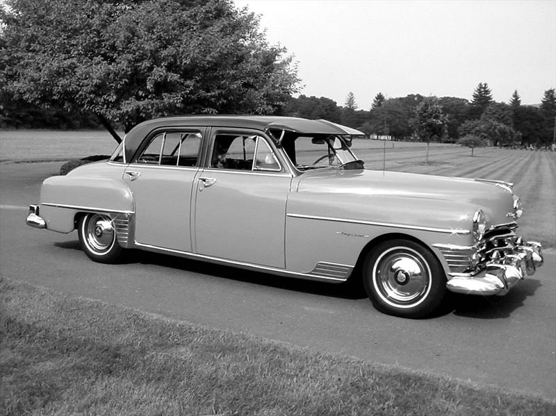 Chrysler Saratoga 1951