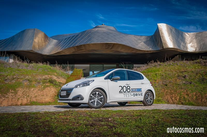Peugeot 208 BlueHDi 100 - Lanzamiento