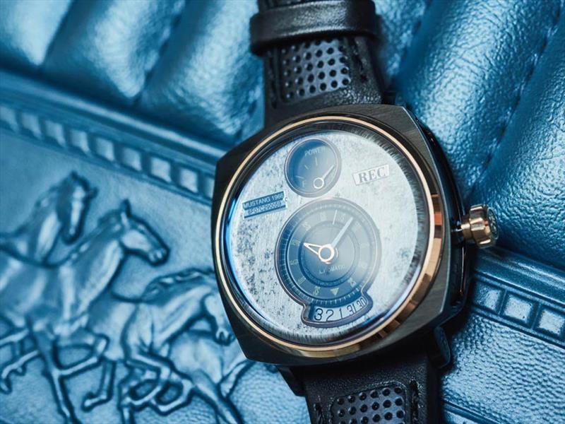 Reloj Ford Mustang