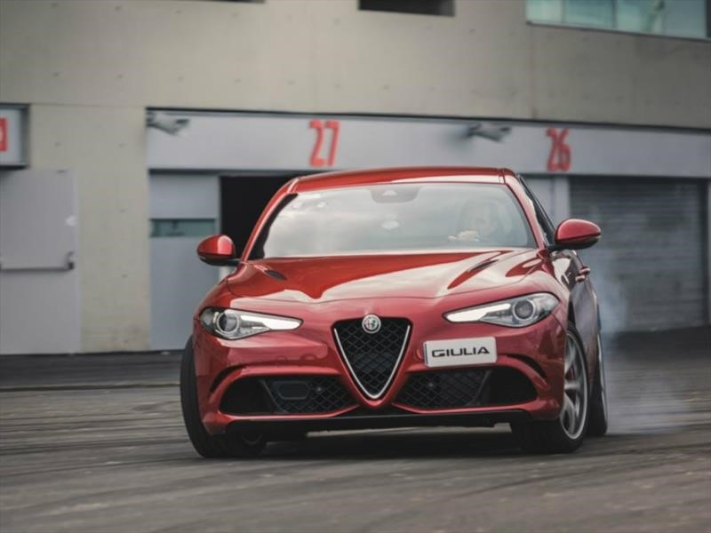 Alfa Romeo Stelvio, carro oficial del Atlético