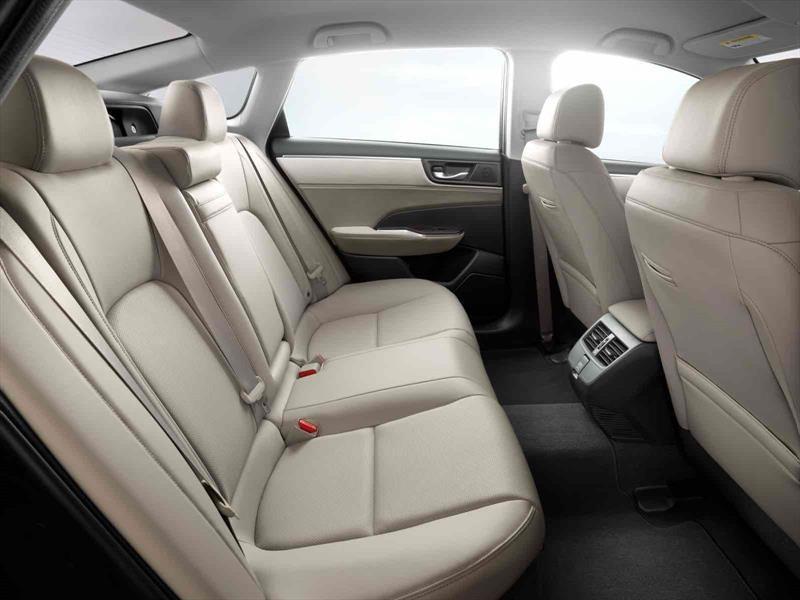 Honda Clarity Plug-in Hybrid y Electric