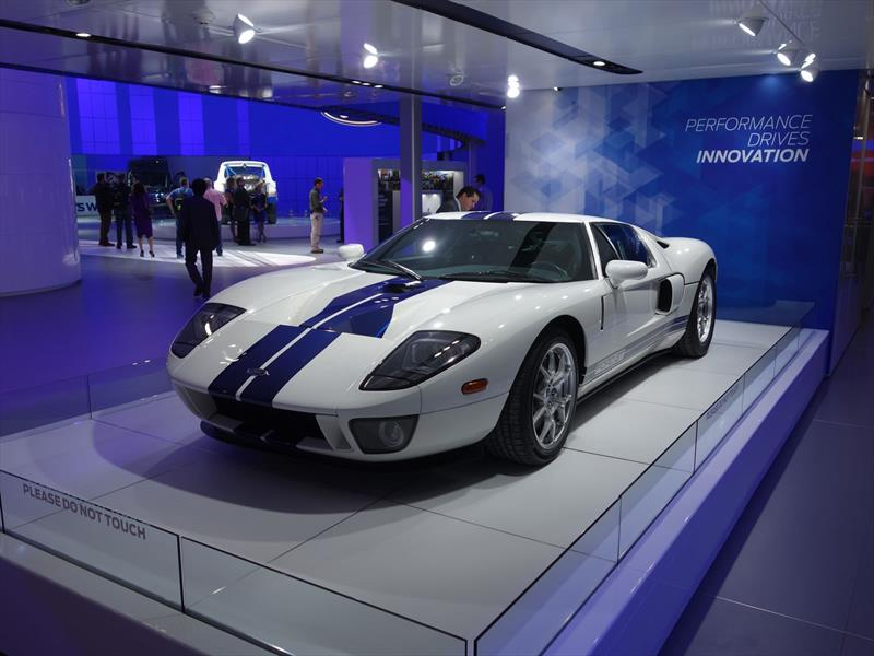 Ford GT 2002