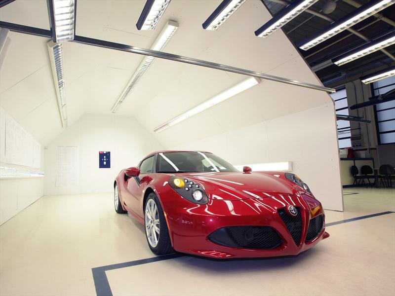 Alfa Romeo 4C, su fabricación