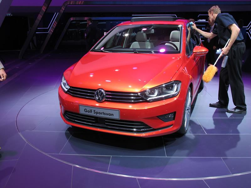 Volkswagen Golf Sportvan se presenta