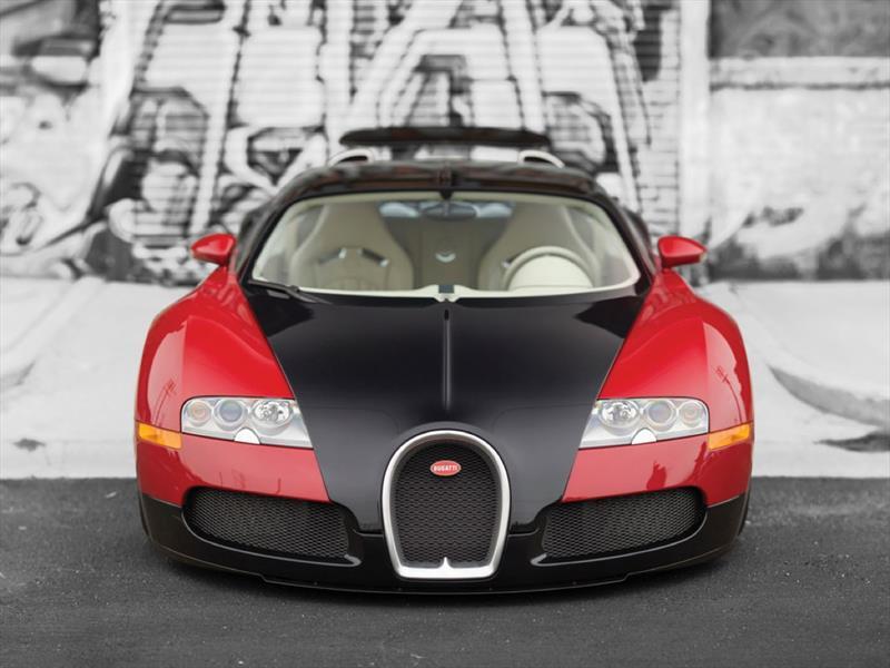 Bugatti Veyron 001