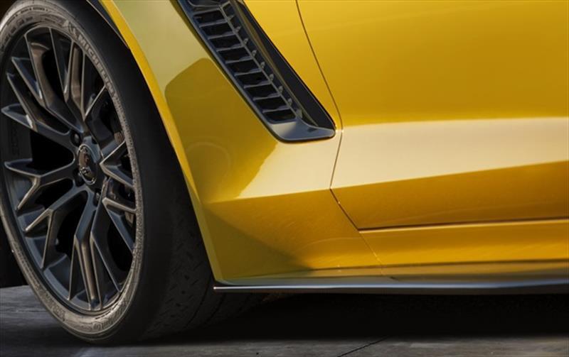 Chevrolet Corvette Z06 2015 se presenta