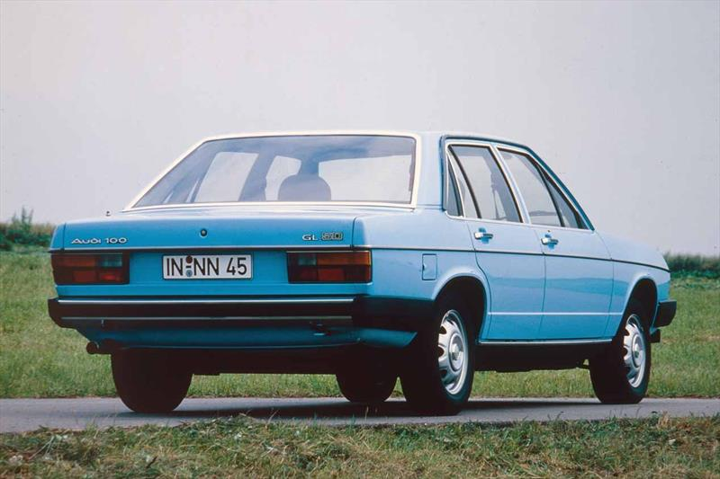 Audi 100 GL 5D (C2) 1978