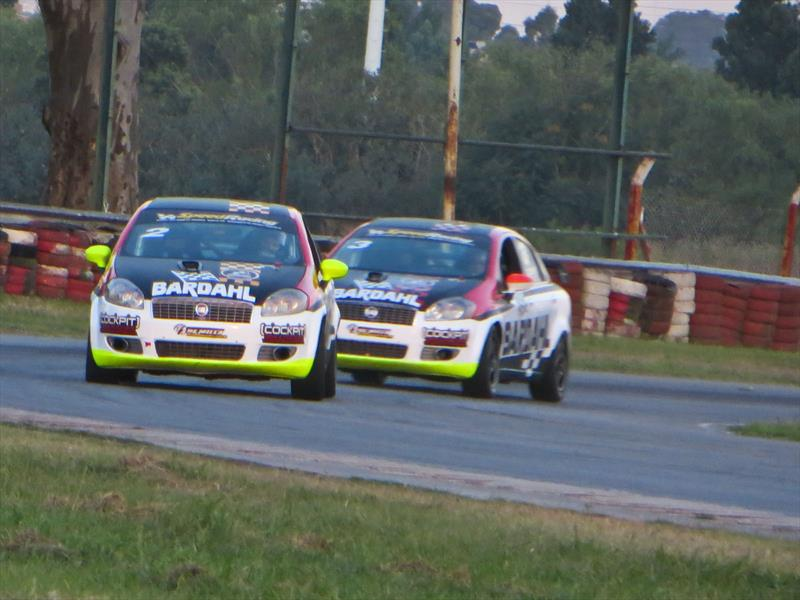 Un dia en la pista con el FIAT Linea Competizione