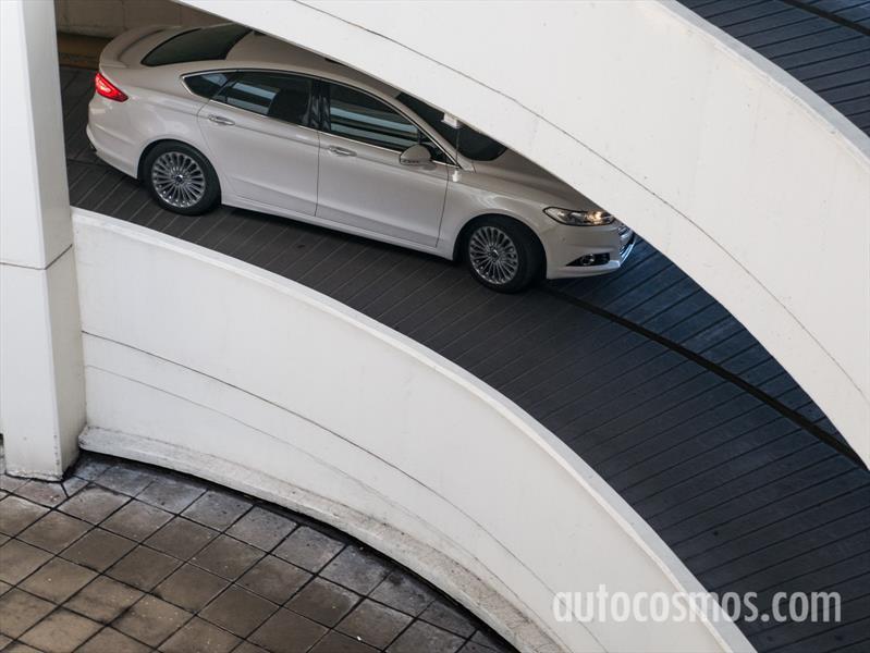 Nuevo Ford Mondeo a prueba
