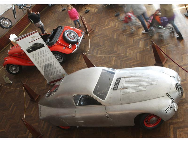 Autos Clásicos en Colonia, Uruguay