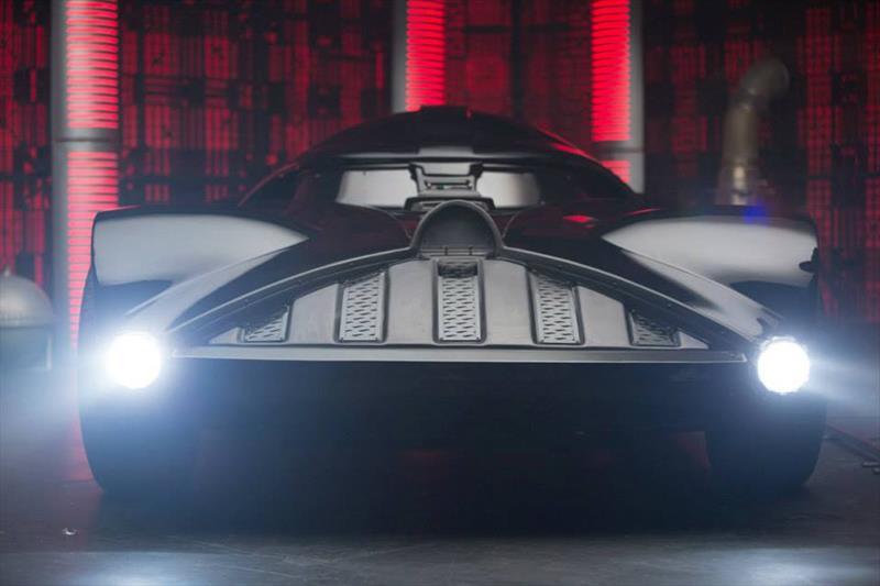 Darth Vader Car por Hot Wheels