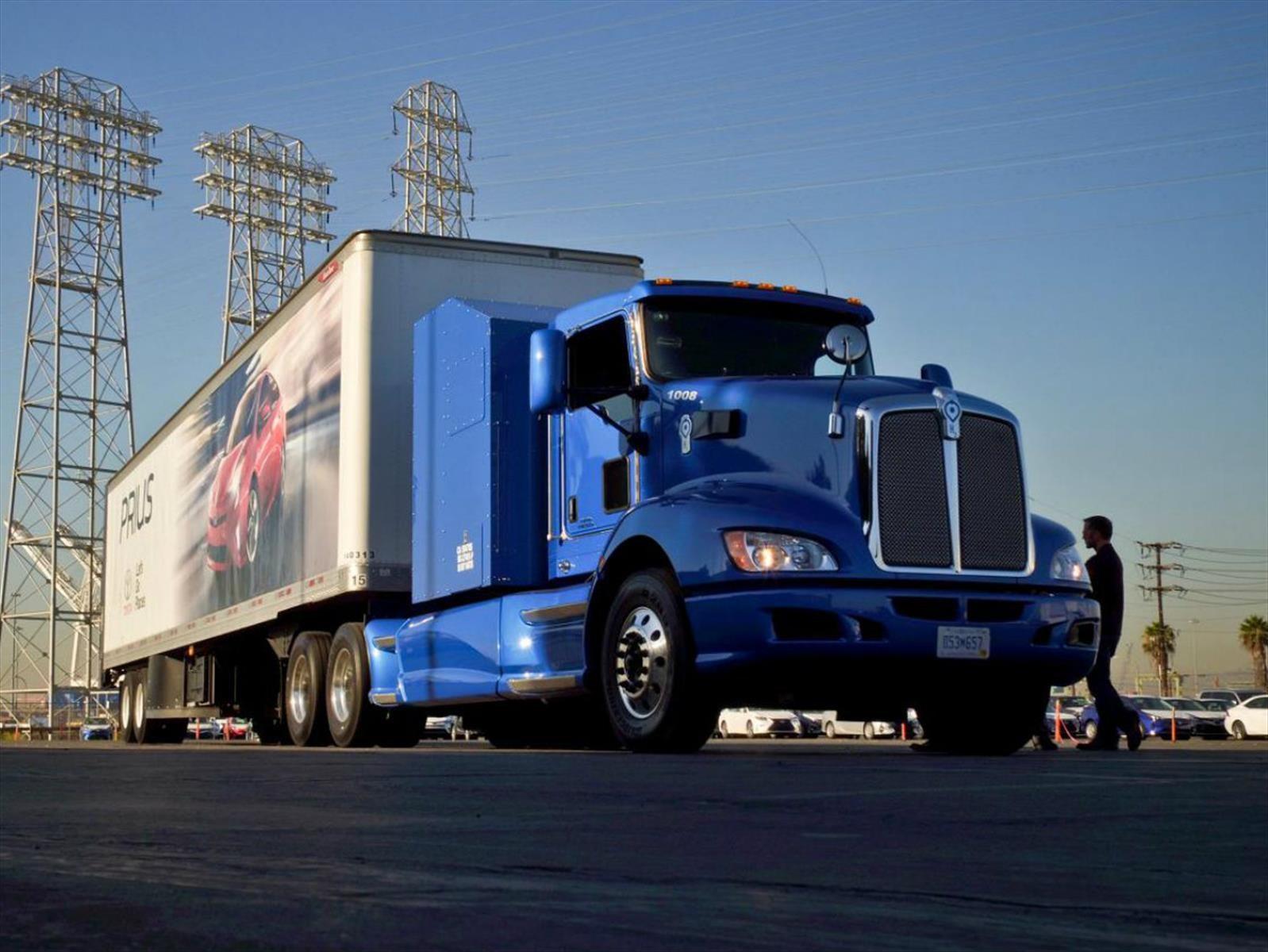 Toyota Project Portal Concept, el camión del futuro, inicia operaciones