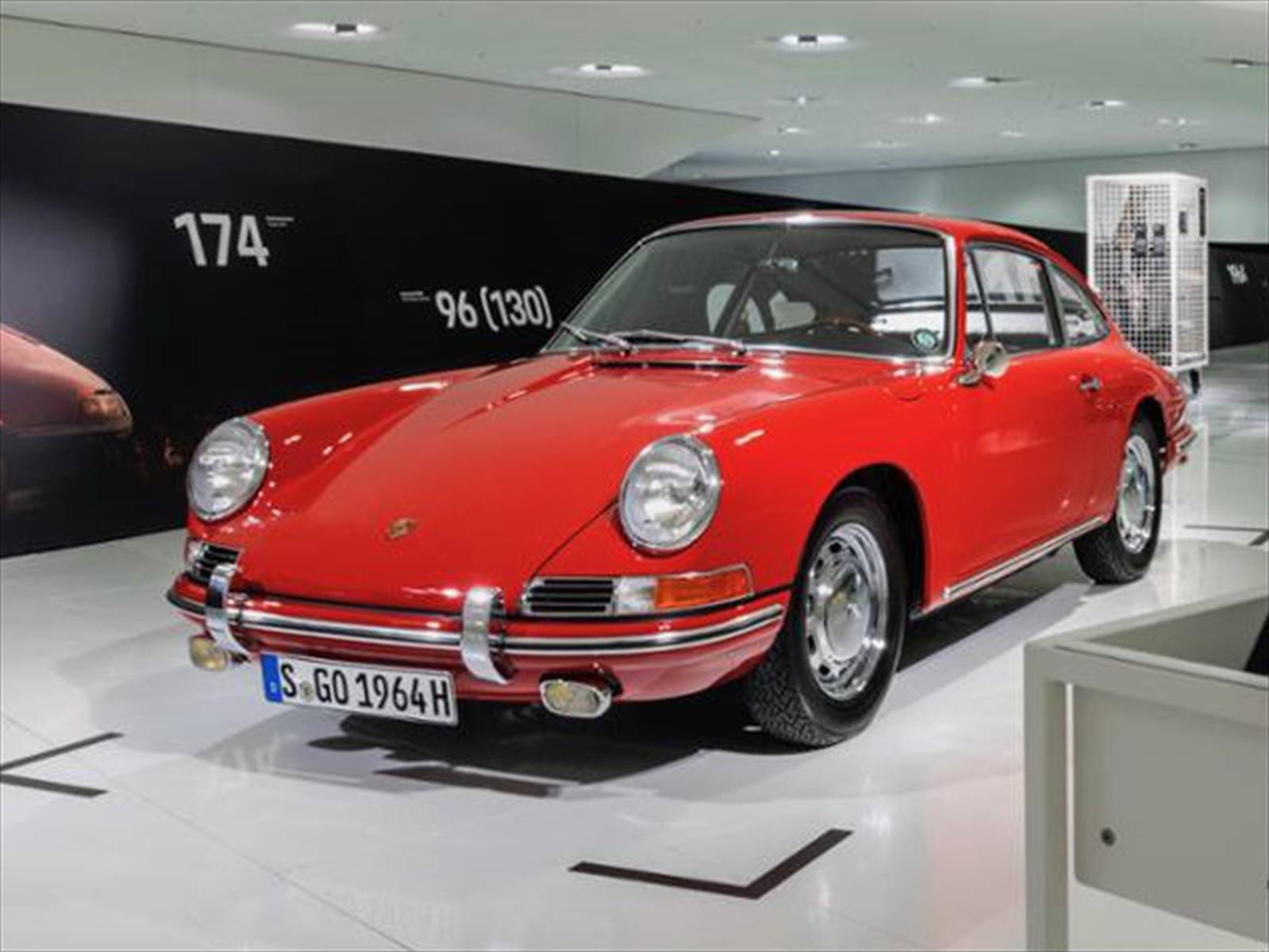 Museo Porsche exhibe al 911 más antiguo de su colección