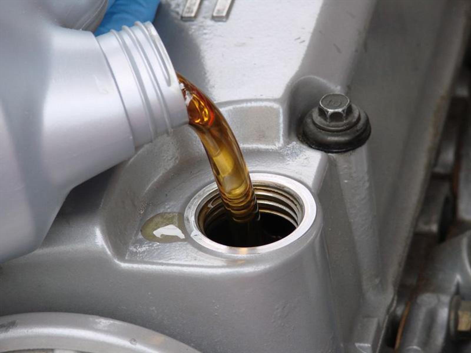 Cómo cambiar el aceite en seis pasos