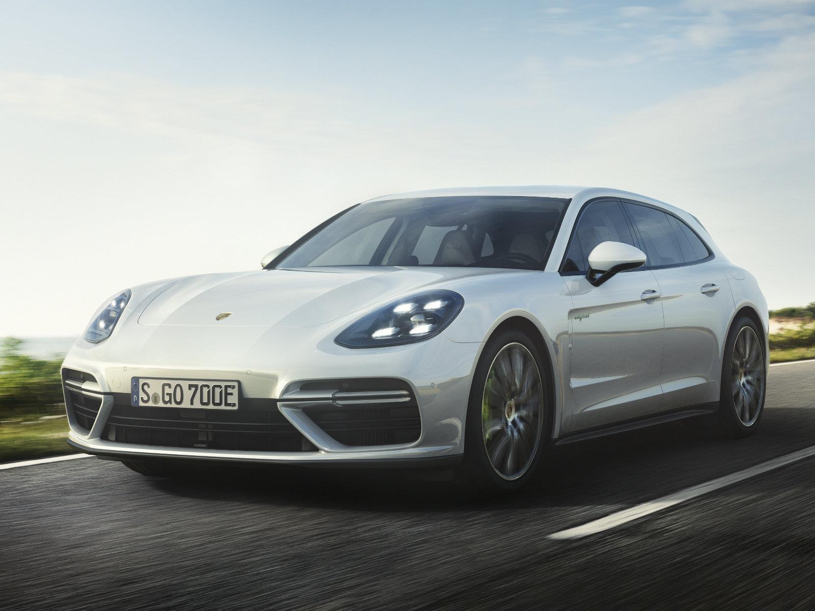 Porsche Panamera Turbo S E-Hybrid Sport Turismo 2018, más versátil