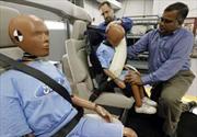 Cinturones traseros con airbag
