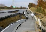 Impresionante: Cómo reconstruir una carretera en seis días
