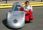 Una niña de 11 años obtiene un rendimiento de 563 Km por litro en un prototipo diesel