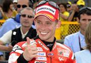 Casey Stoner domina la cita de Moto GP en Japón