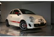 Fiat 500 Abarth: ¡Mini deportivo de 205 Km/Hora!