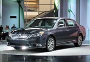 Toyota Avalon 2011 debuta en el Salón de Chicago 2010