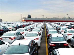 Estados Unidos registra nuevo récord de ventas de autos durante 2016