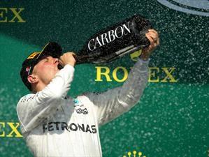El lujo de descorchar champaña en la F1