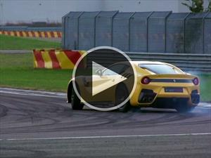 Video: Ferrari F12tdf en acción