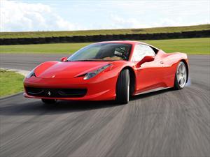 Ferrari 458 Italia: nuevo juguete del futbolista Arturo Vidal