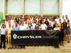 Chrysler Chile: Exitosa capacitación de fuerza de ventas