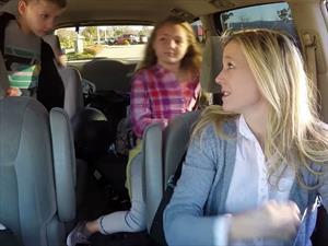 10 cosas que las mamás toman en cuenta al elegir un auto